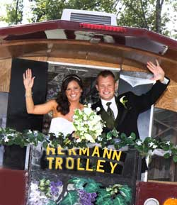 trolley_wedding