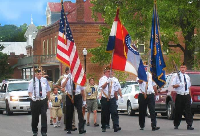 Hermann Maifest parade