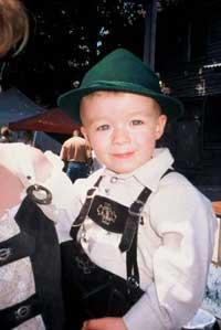 Hermann boy in lederhosen